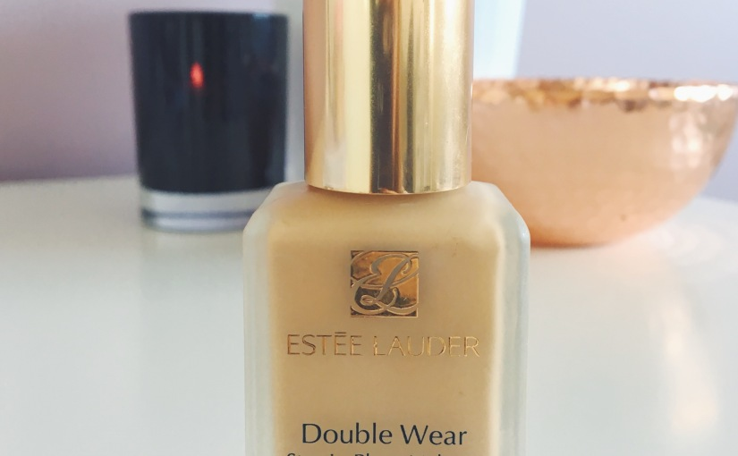 Estée Lauder Double Wear Foundation // Friday Favourites
